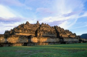 89006389-mahayana-buddhist-monument-in-java-indonesia-gettyimages