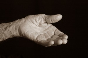 184091195-old-hand-gettyimages