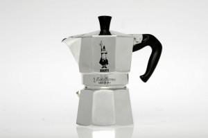 Bialetti-Moka-Express-Espresso-Coffee-Maker-1024x682