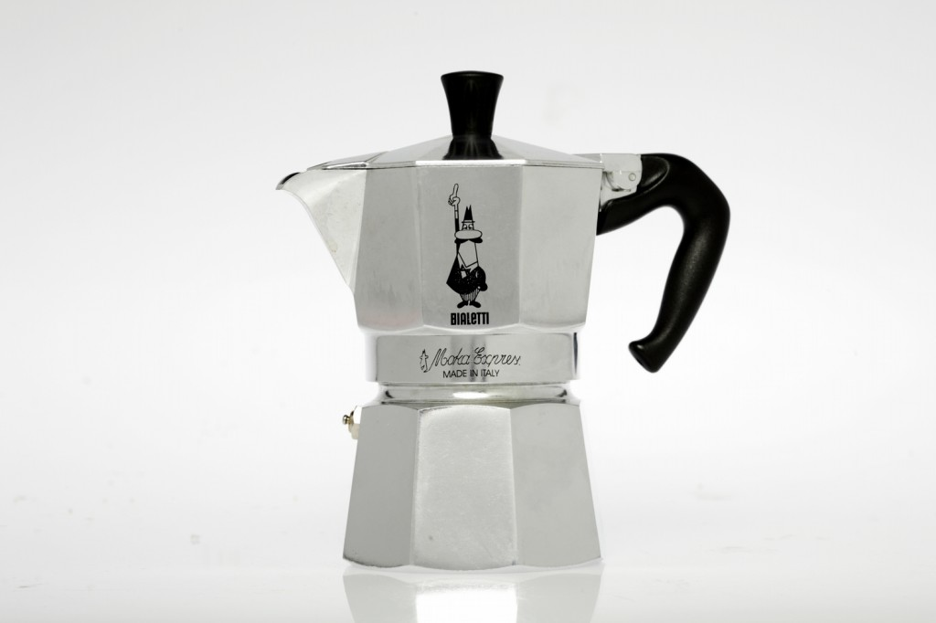Bialetti-Moka-Express-Espresso-Coffee-Maker-1024x682