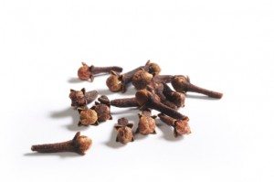 182390580-cloves-gettyimages
