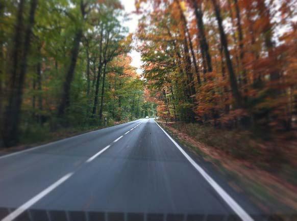 road-253653_640