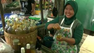 150205120132_jamu_indonesia_640x360_bbc_nocredit